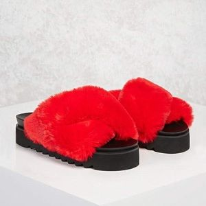 F21 RED FAUX FUR PLATFORM SANDALS - W 9 US